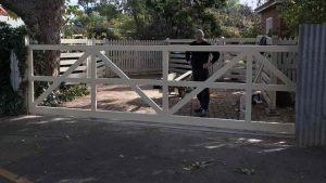 Automated sliding gate adelaide